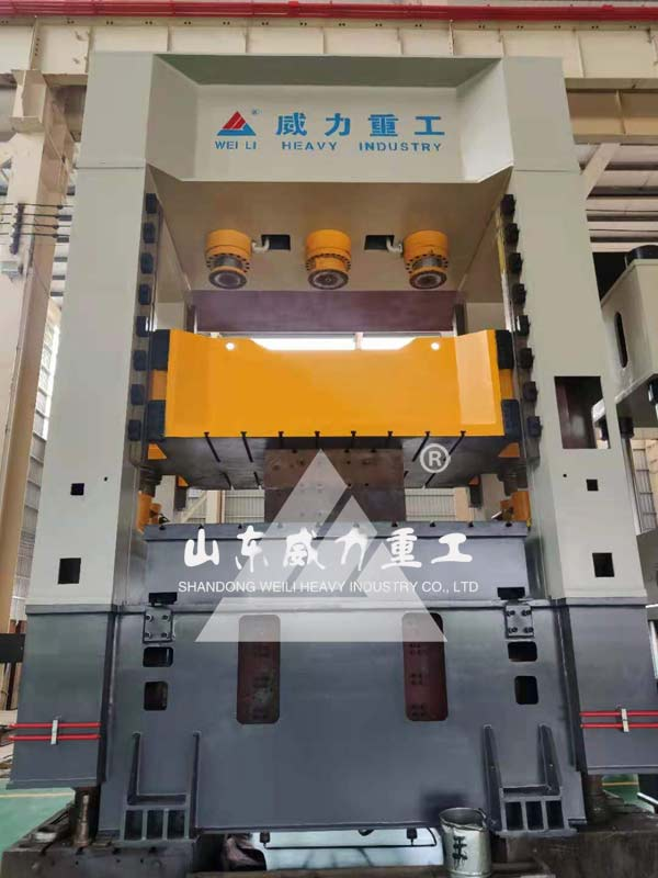 630吨框架式薄板拉伸液压机